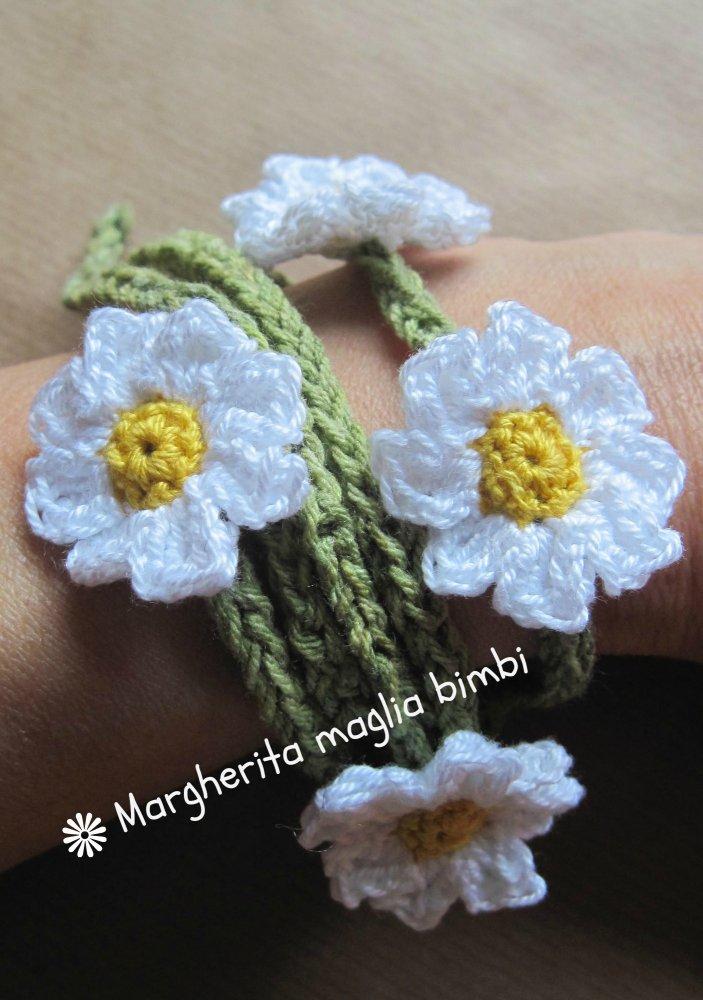 Collana - braccialetto - fascetta - cavigliera - cintura a margherite fatta all'uncinetto - puro cotone