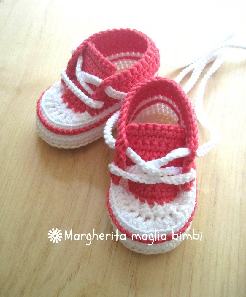 Scarpine/sneakers neonata/bambina cotone corallo/bianco/panna - uncinetto -  fatte a mano