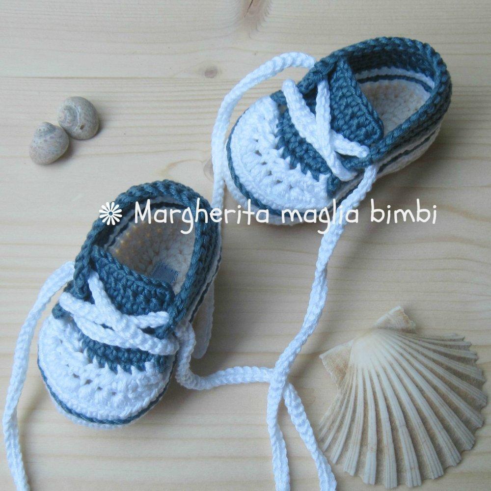 Scarpine/sneakers neonato/bambino cotone jeans scuro/bianco/panna - uncinetto -  fatte a mano