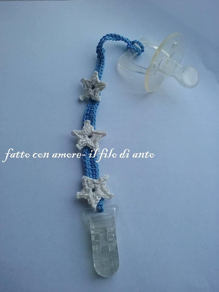 Catenella porta ciuccio blu denim con fiori stelline