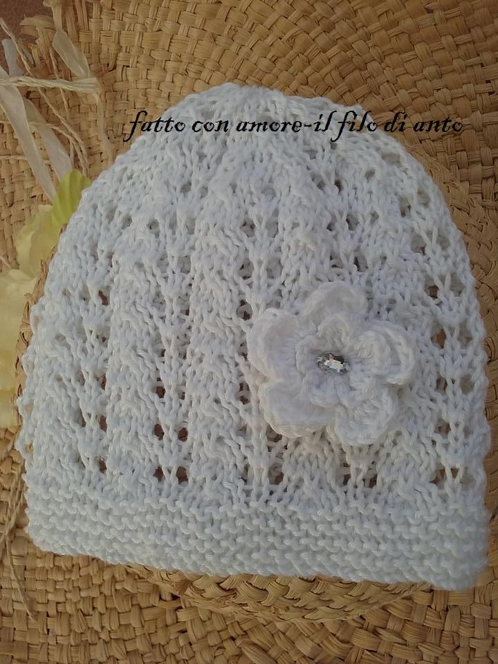 Cappello in cotone con fiore