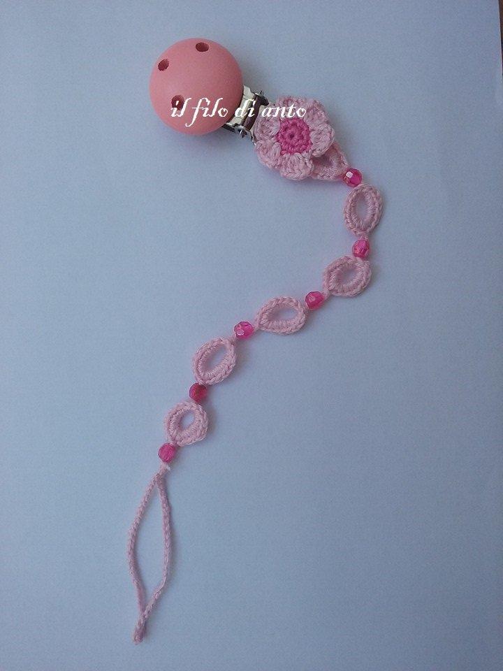 Catenella porta ciuccio rosa con fiore e perline fucsia