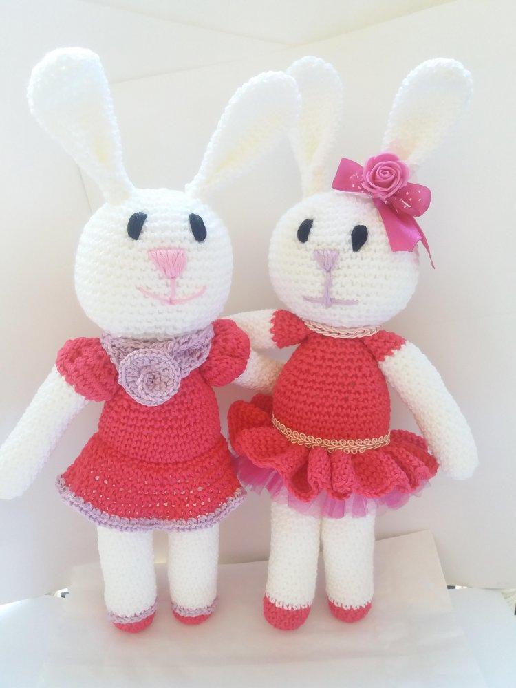 Coniglietta amigurumi  in cotone