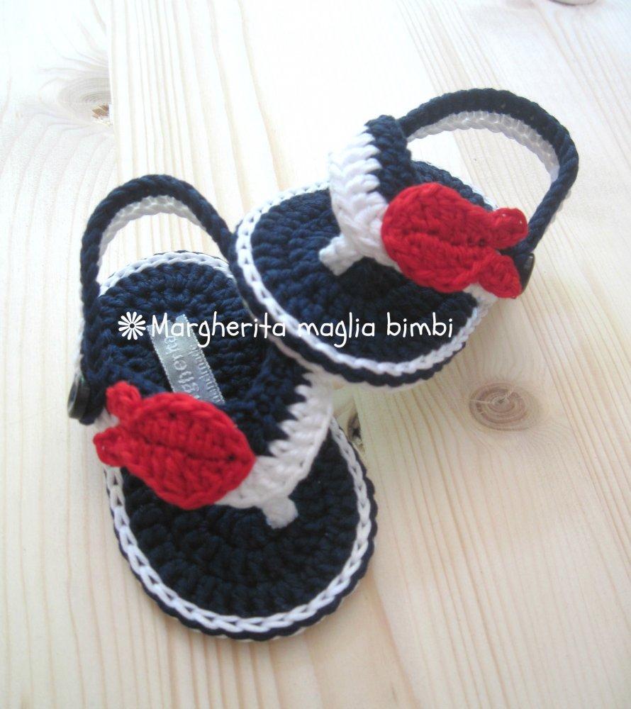 Sandali infradito bimbo bianchi/blu - pesciolino rosso -  cotone - scarpine uncinetto