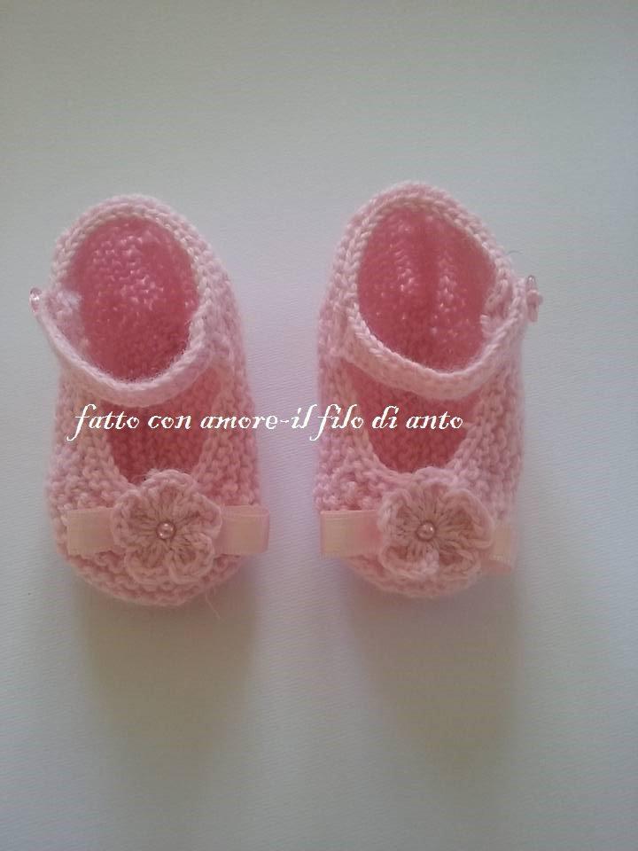 Scarpine rosa con fiore