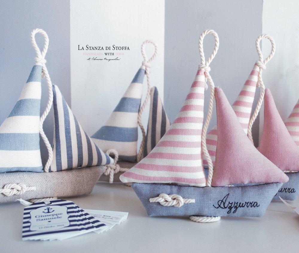 Barche a vela bomboniere (con nodo marinaro, nome ed etichetta)
