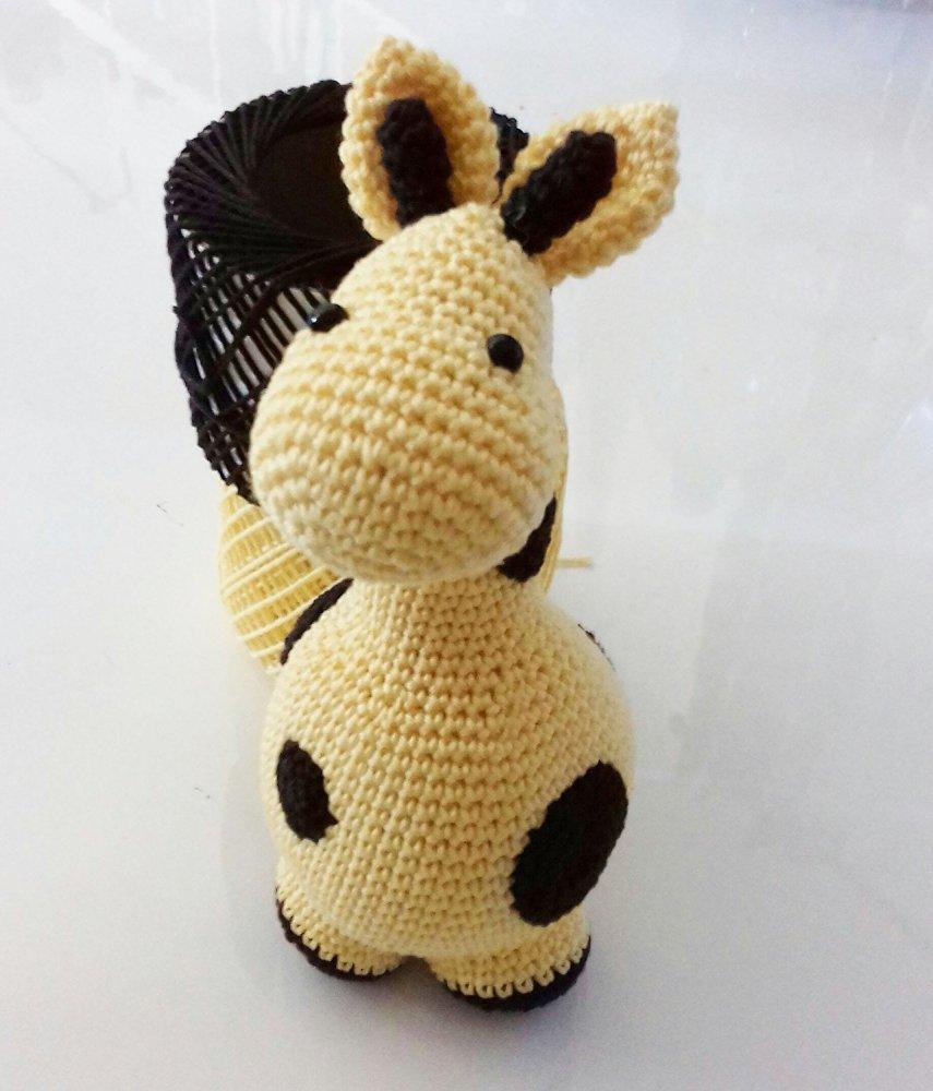 Zucchina _ giraffa amigurumi all'uncinetto per bambini e neonati