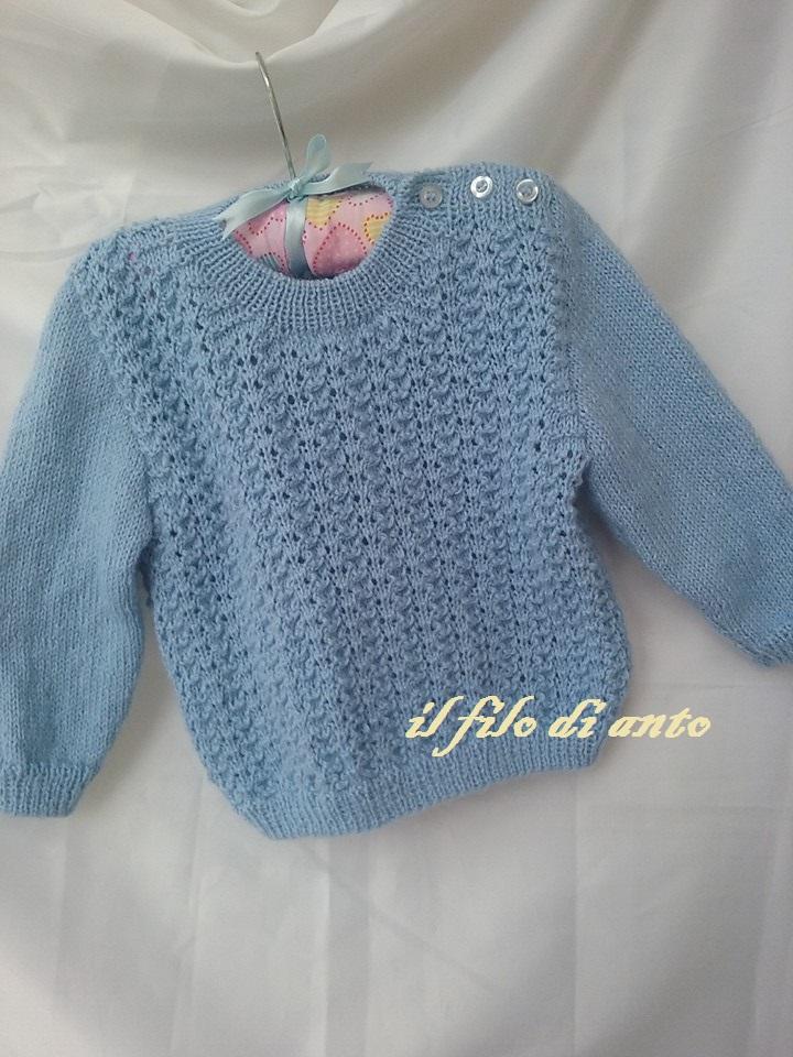 Golfino/ maglia azzurra con bottoncini in lana