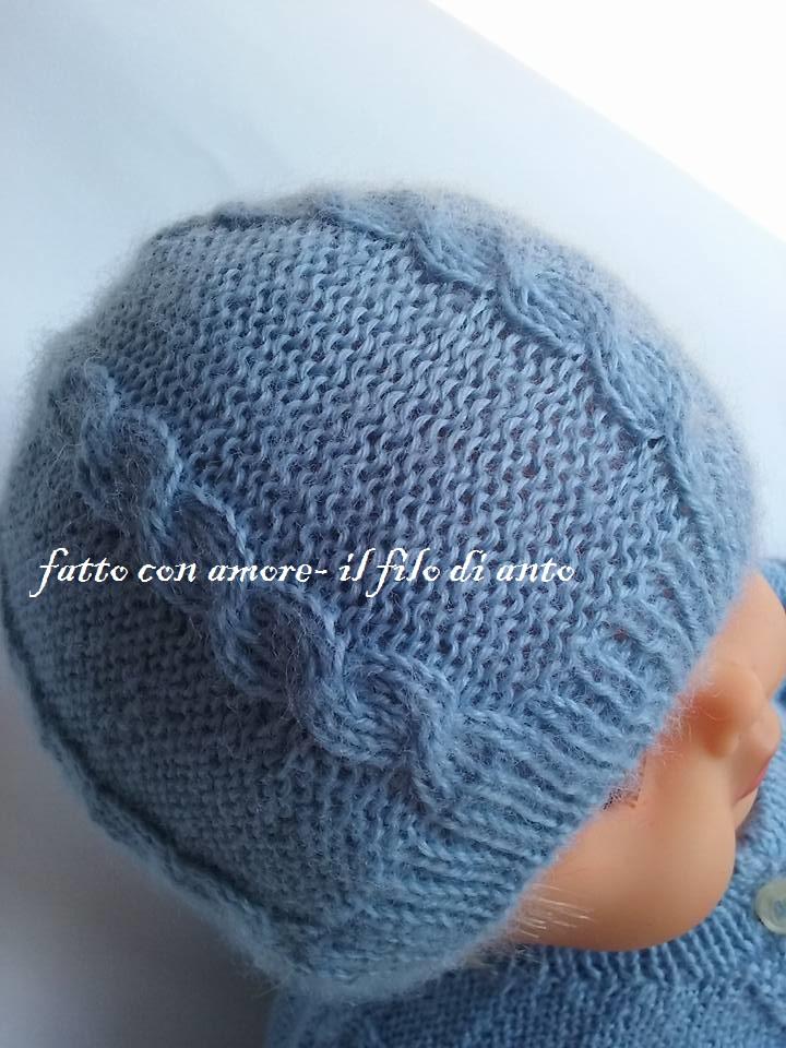 Cappello bambino blu denim con lavoro a trecce in pura lana baby