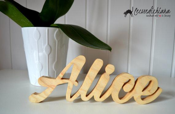 Nomi in legno - finitura naturale