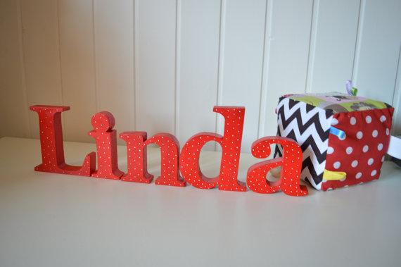 Lettere corsive in legno