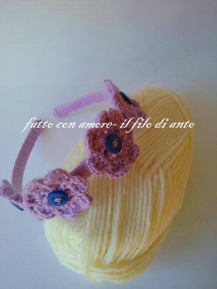 Cerchietto per capelli con fiori lilla