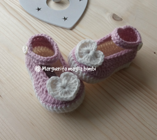 Scarpine cuore in lana e alpaca - uncinetto - neonata - baby shower/nascita/Battesimo