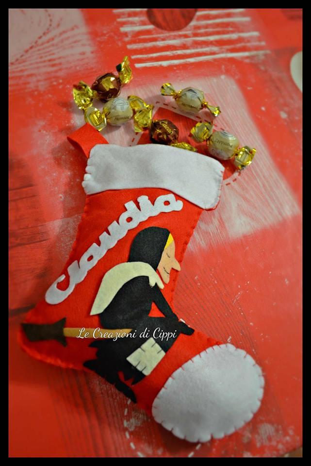 Calza della befana personalizzata fatta a mano in pannolenci.