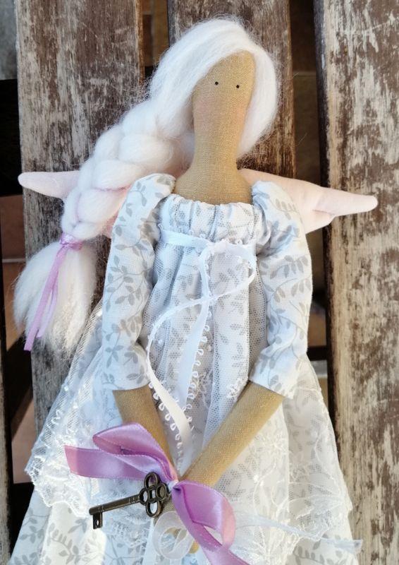 Bambola d'arredo in stile Tilda