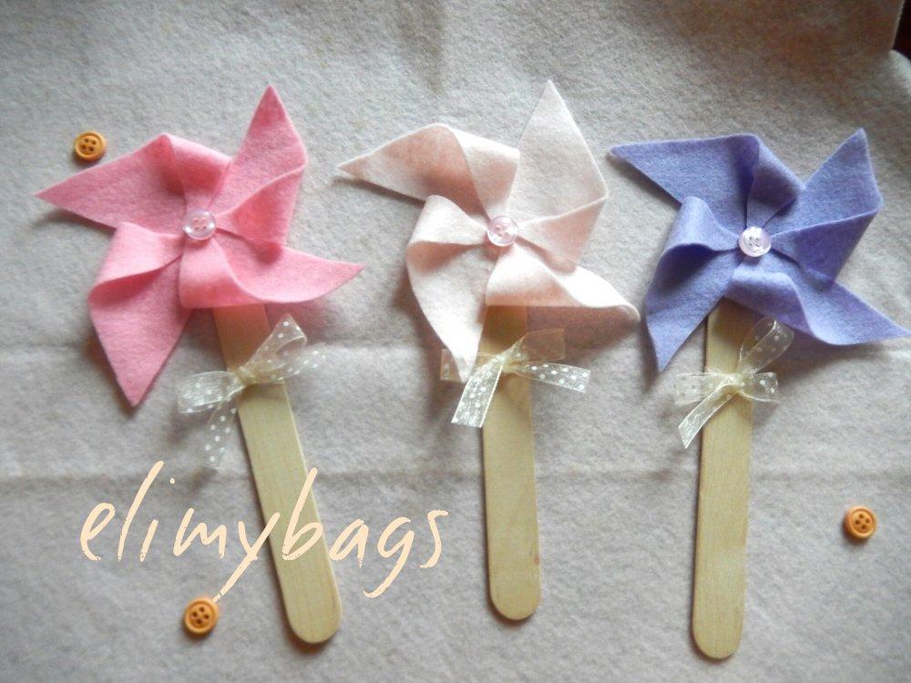 Tris colori - Bomboniera battesimo, comunione o nascita a forma di girandola rosa o azzurra