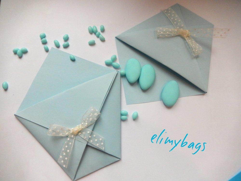 Portaconfetti azzurri di carta  per confettata battesimo o comunione