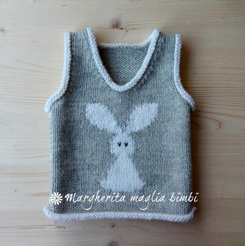 Gilet/maglia senza maniche neonato/bambino pura lana e alpaca - coniglietto/rabbit - fatto a mano