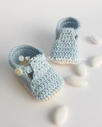 Scarpine neonato alla bebè/cotone celeste - fatte a mano - uncinetto - baby shower