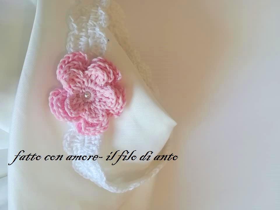 Fascia bambina in puro cotone bianco con fiore rosa