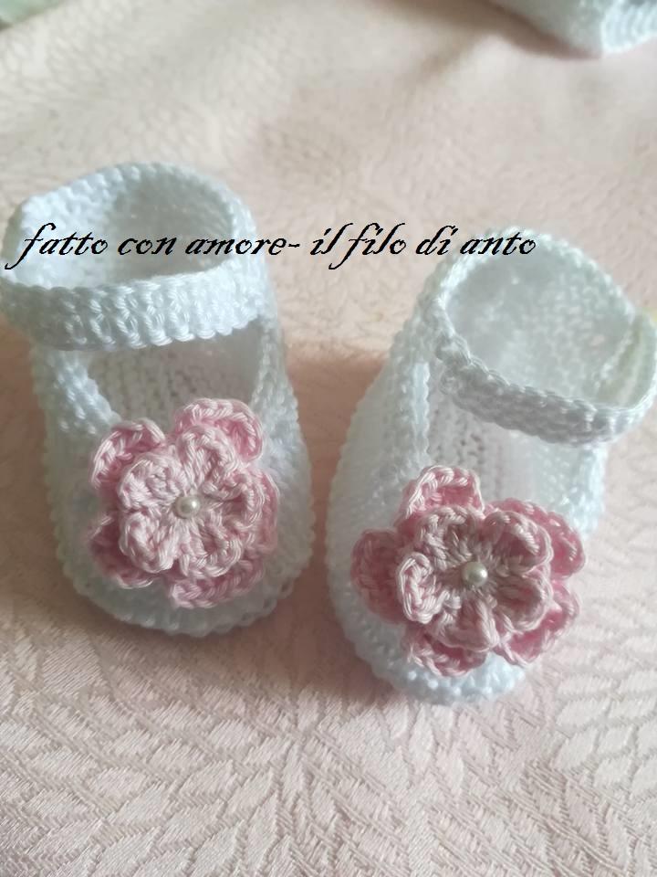 Scarpine bambina bianche con fiori rosa in puro cotone