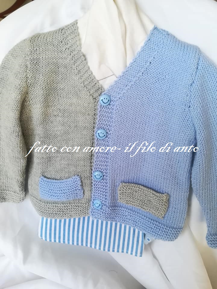 Maglia / cardigan /  bambino in pura lana merinos con taschine
