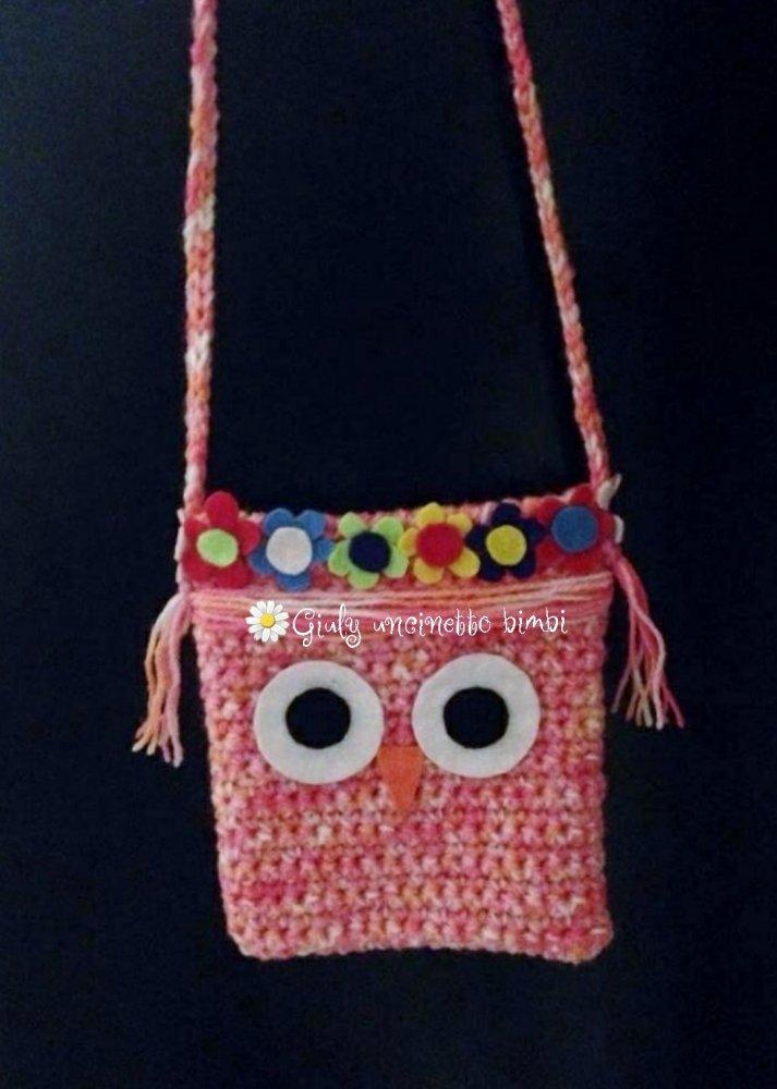 Mini borsetta Gufo realizzata con uncinetto e feltro, per bambina. Regalo portafortuna neonato