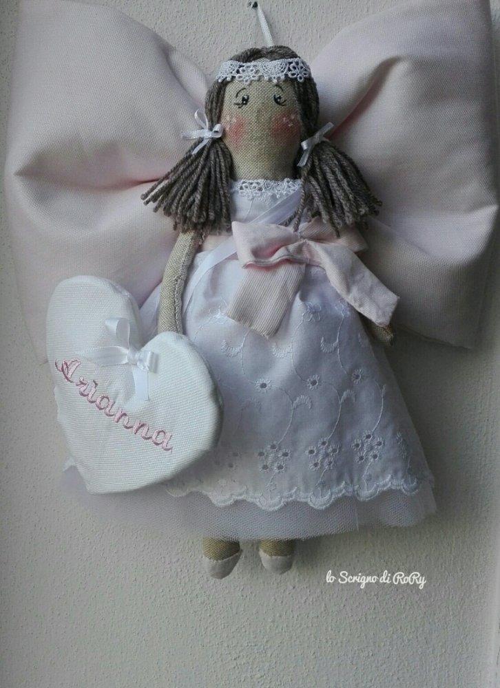 Una romantica bambolina