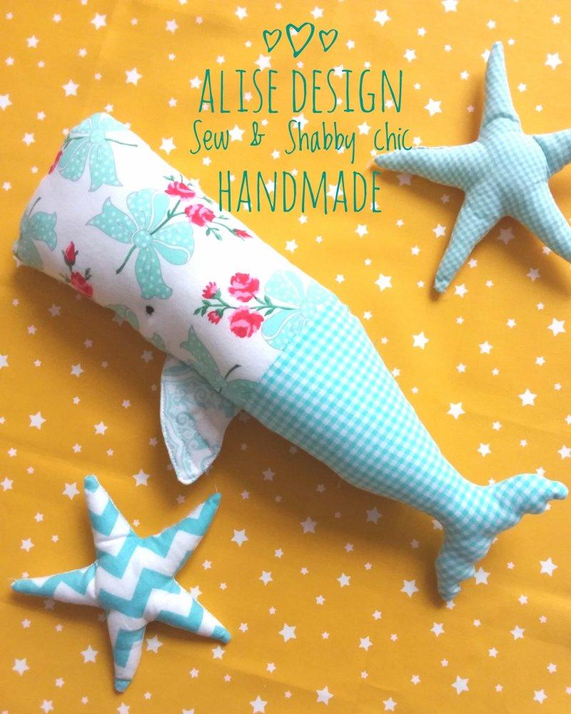 Giostrina, decorazione per culla e cameretta, balena e stelline. Cloth whale.
