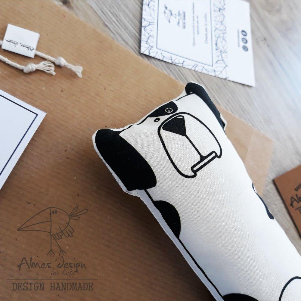 Pupazzo cotone con stampa cane.