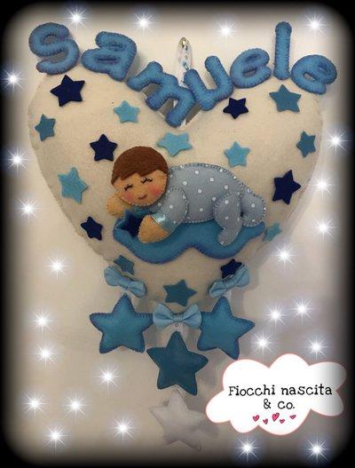 Fiocco nascita bebè sul cuore